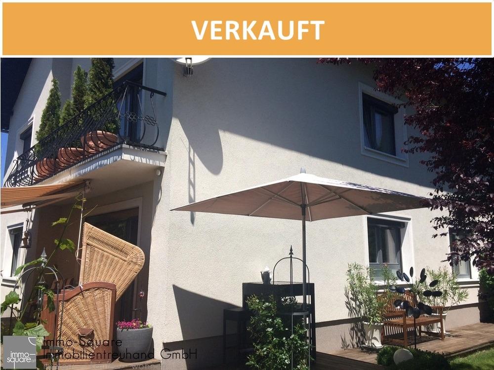 Unterkellertes Zweifamilienhaus mit Garten und Garage, in 4190 Bad Leonfelden